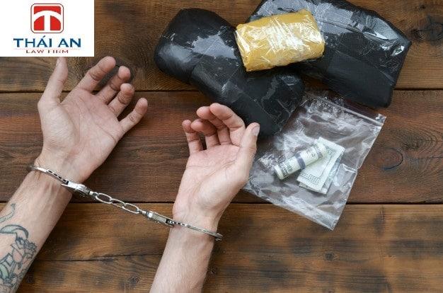 Tội vận chuyển trái phép chất ma túy